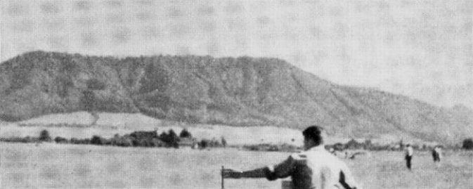 Sägi So wie er es gewünscht hatte, zerstreute der Biswind am Belpberg seine Asche, da wo er vor 60 Jahren stundenlang gesegelt hatte. Bild IG Albatros