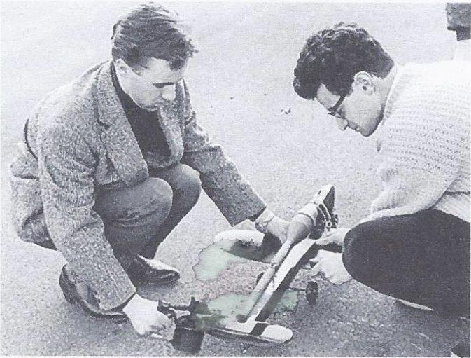 Startvorgang Pulsotreiber mit Walter Korner li und ... Stocker; Foto: Primus Wyrsch